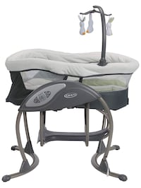 Graco dreamglider, gliding swing and sleeper,  Greenfield, 53221