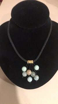 white and blue gemstone necklace Los Angeles, 91405