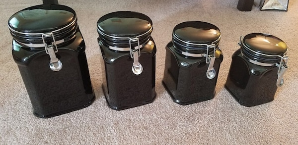 Canister set of 4 - ceramic black e6a97654-d276-47f6-836f-97fded0cfe3e