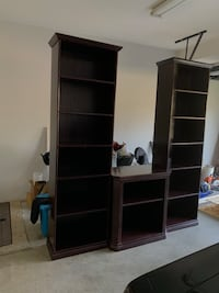 Armoire TV Stand Langley, V2Z 1A3