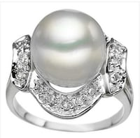 White Pearl and Diamond ring Spring Hill, 34608