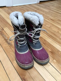Sorel boots grey and pink 8