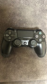 Black sony ps4 wireless controller Placentia, 92870