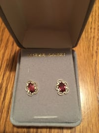 REAL Gold Garnet Earrings Ellicott City, 21043