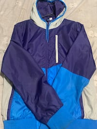 Men H&M Windbreaker. Size Large