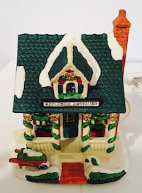 Christmas Ceramic Appleton Antiques Lighted Store (Victorian Village Collectibles) Lewes, 19958