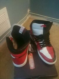 pair of black-and-red Nike basketball shoes Alexandria, 22309