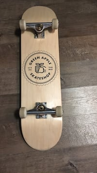 Green Apple skateboard originally(245$) Winnipeg, R3N 0S2