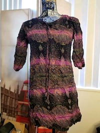 Purple long middle eastern top size small Alexandria, 22304