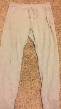 Polo joggers size large in mens Fairborn, 45324
