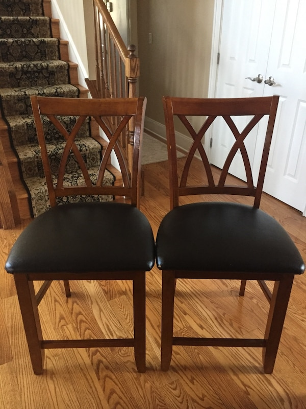 4 tall kitchen table chairs
