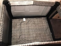 Black and white travel cot Tampa, 33613