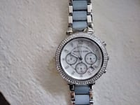 round silver-colored chronograph watch with link bracelet Louisville, 40217