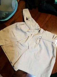 Beige women shorts size small with ribbon belt  Vaughan, L6A 3X2