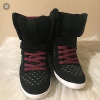 DC WEDGE SNEAKERS  Bakersfield