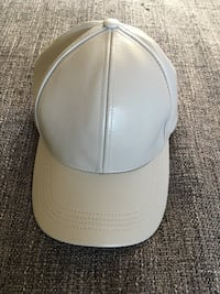 white and gray fitted cap North Vancouver, V7H 2V4
