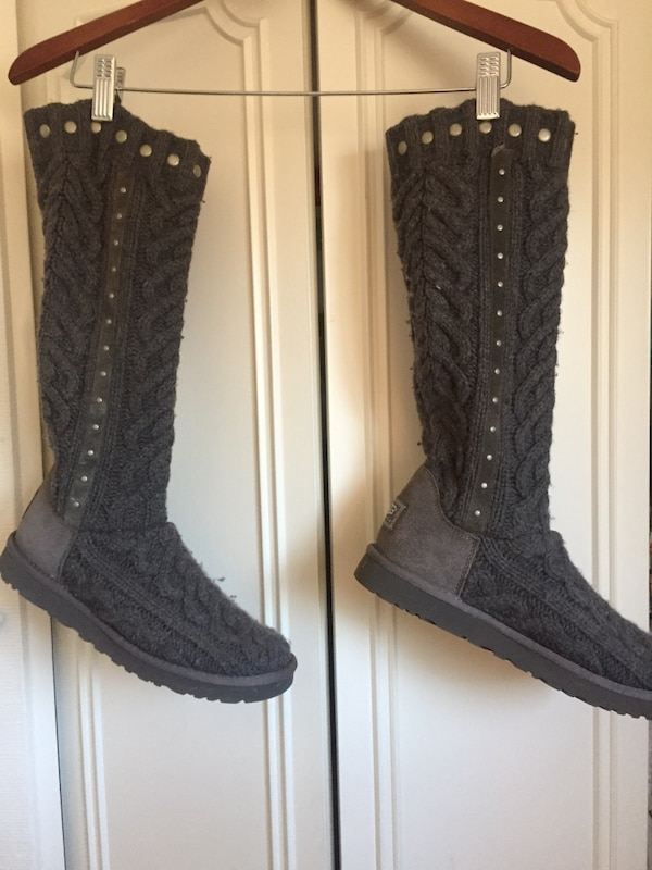 683780cc54b 2 pairs of UGG BOOTS size 7
