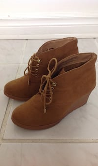 Brown Wedged Ankle Shoes: Size 7 Toronto, M6G