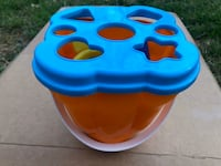Baby Shapes and Cups Bucket