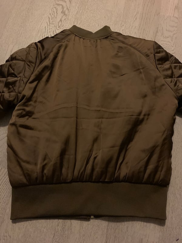 H&M bomber jacket women's 1