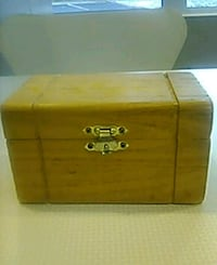 Wooden Treasure Chest see description and pics New Haven, 06515