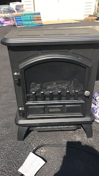 Black and gray electric fireplace Bristow, 20136