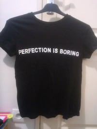 """T-Shirt """"Perfection is boring"""" 6479 km"""