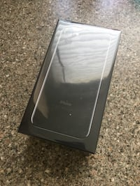 Jet Black Iphone 7 32 GB - Unlocked Calgary, T2V 0Z3