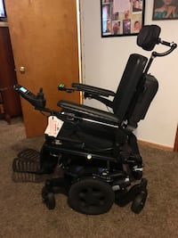 Quickie Pulse 6 electric wheelchair 2298 mi