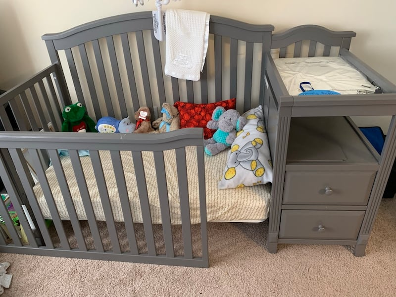 Used 3 In 1 Baby Crib Toddler Bed Kid