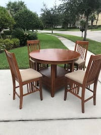 """48"""" Round High Top Kitchen Dining Table with Leaf & 4 Chairs  Tampa, 33647"""