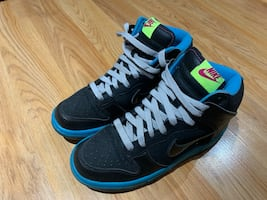 Nike 2012 high tops size 5Y