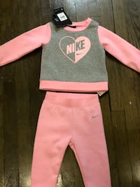 Baby girl Nike 2 piece outfit Catonsville, 21228