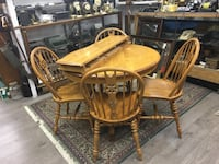 Solid Oak Dining Set with Two Leaves London