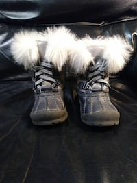 Toddler snow boots (Make an offer) Fall River, 02721