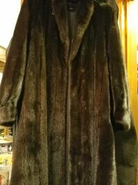 brown faux fur coat Chattanooga, 37343