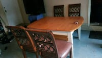 Dining table and four chairs  Coral Springs, 33076