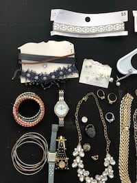 Jewelry mixed lot one necklace is 14k Smyrna, 37167