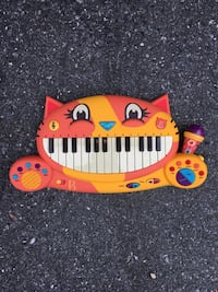 Cat keyboard and musical instrument
