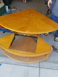 round brown wooden table with chairs Pixley, 93256