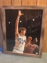 Bill walton. Great condition. In frame Martinsburg, 25404