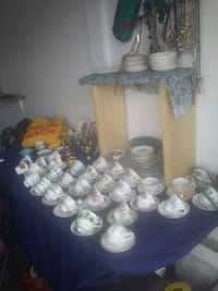 vintage tea cups collectors take all for best offer Sherwood Park, T6P
