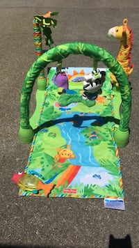 Baby activity mat. Great condition. With extra baby toy. Washington, 20024