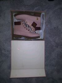 Limited edition timbs Oaklyn, 08107