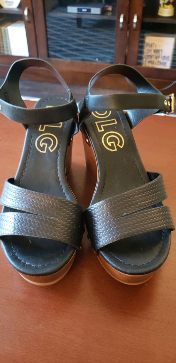 Brand New DLG Wedges- size 7