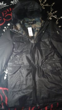 NEW WITH TAGSGuess winter jacket