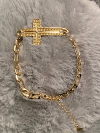Figaro Bracelet With Cross 7""
