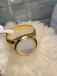 18k Gold Filled Solitaire Mother Pearl Ring Size 8