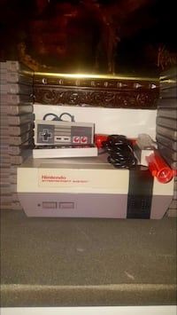 Retro Nintendo System with 30 games,2 controllers,1 gun Paterson, 07505