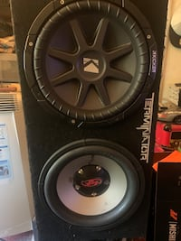"2 12"" subwoofers"